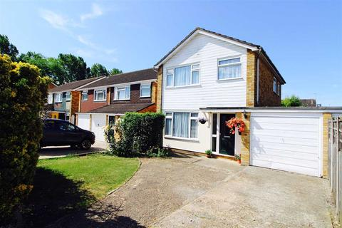 3 bedroom detached house for sale - Maybury Close, Marks Tey