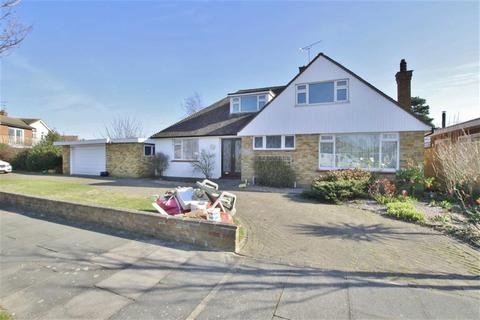 4 bedroom chalet to rent - Wyatts Drive, Thorpe Bay, Essex
