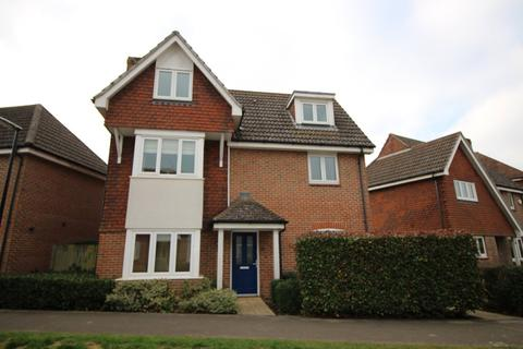 4 bedroom townhouse to rent - Macdowall Road, Guildford