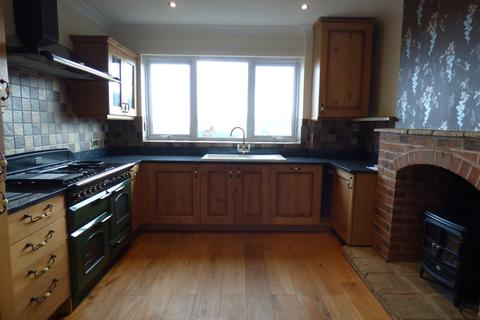 4 bedroom terraced house to rent - Bitton Avenue, Teignmouth