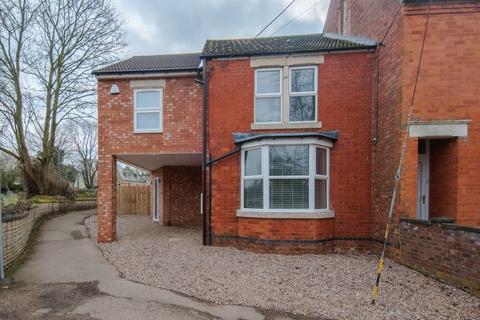 4 bedroom house to rent - Manor Lane, Wymington
