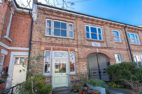 3 bedroom terraced house for sale - Havelock Road, Brighton