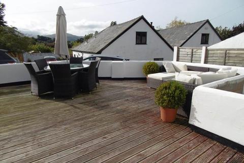 5 bedroom link detached house for sale - Yr Hen Gof, Llansanffraid Glan Conwy
