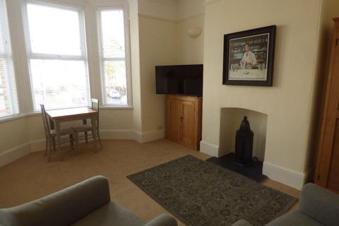 1 bedroom house share to rent - Haldon Road