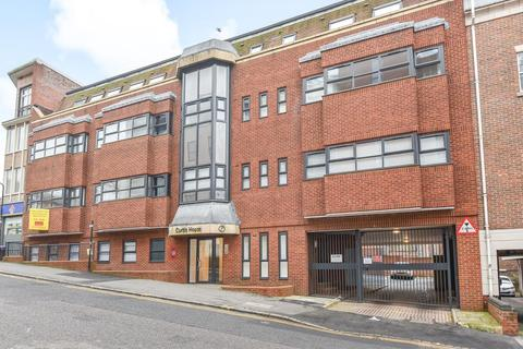 1 bedroom apartment to rent - High Wycombe, Buckinghamshire, HP13