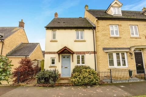 2 bedroom semi-detached house to rent - Carterton,  Oxfordshire,  OX18