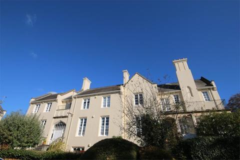 2 bedroom flat to rent - Malvern Place, Cheltenham