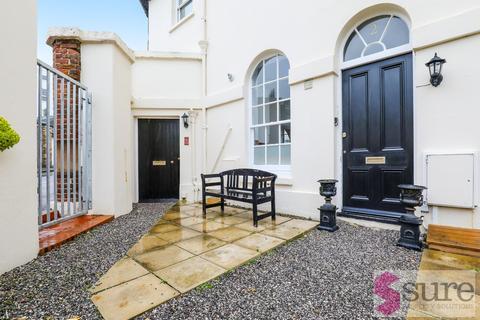 2 bedroom mews to rent - Kemptown Mews, Brighton