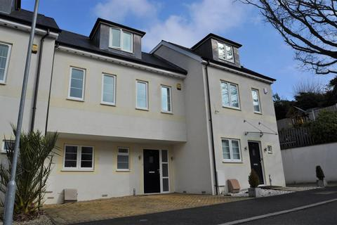 4 bedroom terraced house to rent - Poole