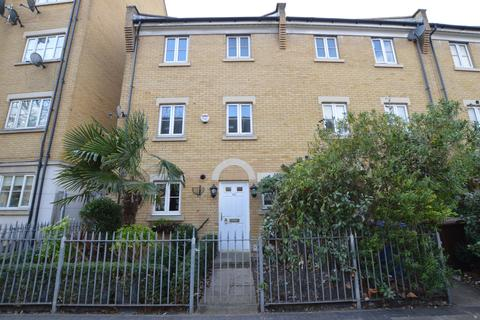 Search 3 Bed Properties For Sale In Peckham Onthemarket