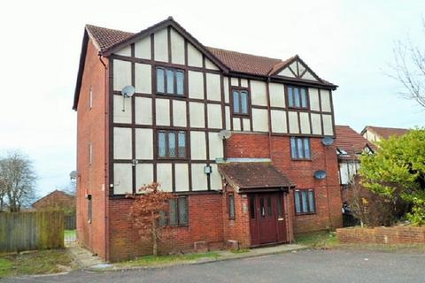1 bedroom flat for sale - Courtlands Way , Ravenhill, Swansea, City And County of Swansea. SA5 5DD