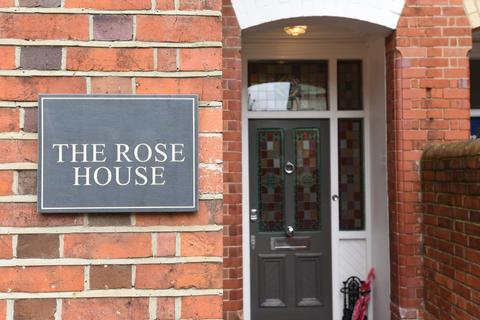 6 bedroom house for sale - Castle Crescent, Reading, RG1