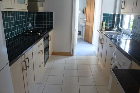 4 bedroom terraced house to rent - Inverness Place, Roath, Cardiff, CF24 4RX