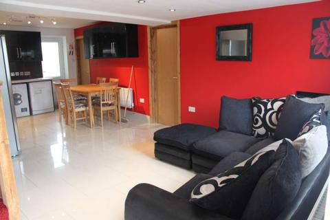 7 bedroom terraced house to rent - Fitzroy Street, Cathays, Cardiff, CF24 4BL