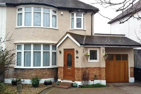 Houses For Sale In Cat Hill Barnet