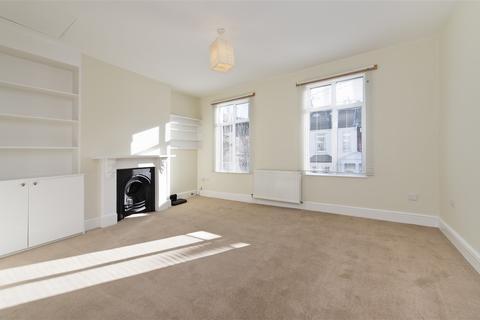 1 bedroom flat to rent - Sterne Street, Shepherd's Bush W12