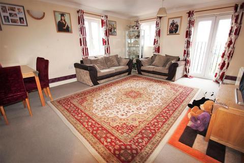 2 bedroom flat for sale - Battery Road, West Thamesmead, London, SE28 0JW