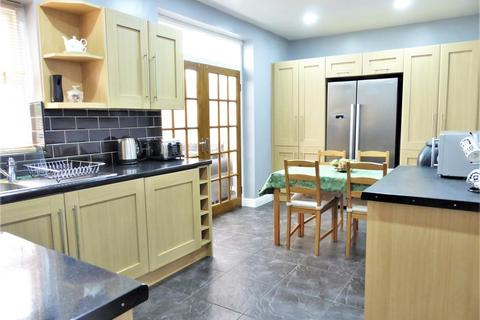 3 bedroom semi-detached house for sale - Barnsley Road, Sheffield, , S5 7AD