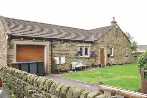 3 bedroom detached bungalow for sale - Denholme House Farm Drive, Denholme BD13