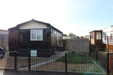 1 bedroom mobile home for sale - Field Place, Barton-On-Sea, Hampshire, BH25 7RD