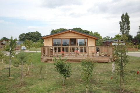3 bedroom lodge for sale - 2 Bulmer Farm Lodges, Ryton, Malton