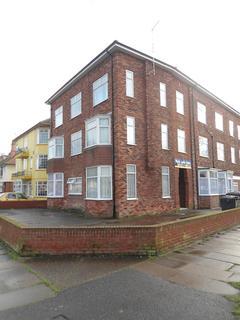 2 bedroom flat to rent - Park Avenue, Skegness, Lincolnshire, PE25 2TF