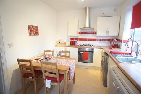 3 bedroom semi-detached house to rent - Norton Avenue, Gleadless Townend, Sheffield, S12 2LB