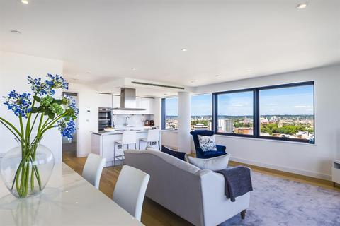 3 bedroom apartment for sale - Ocean Way, Ocean Village, Southampton, Hampshire
