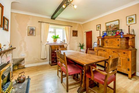 4 bedroom property with land for sale - Main Street, West Haddlesey, Selby, YO8 8QA