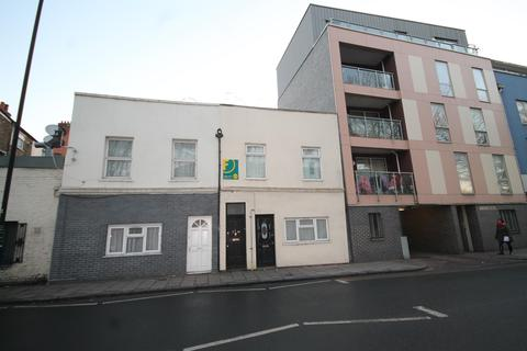 2 bedroom flat for sale - Albert Road, London, E16 2JD
