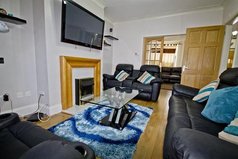 3 bedroom terraced house for sale - Lothian Road, Middlesbrough, TS4 2HL