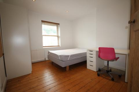 5 bedroom house to rent - Ringmer Road, Brighton, BN1