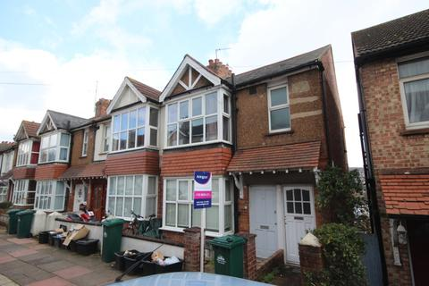 2 bedroom apartment to rent - Stanmer Park Road, Brighton, BN1