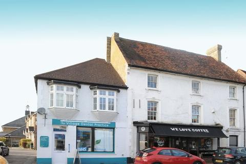 2 bedroom apartment for sale - High Street, Harefield