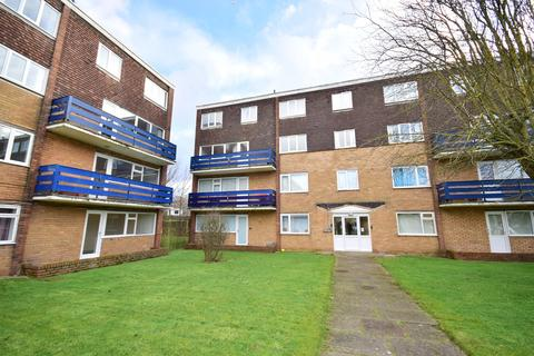 2 bedroom maisonette for sale - Eldon Court, Lytham St Annes, FY8