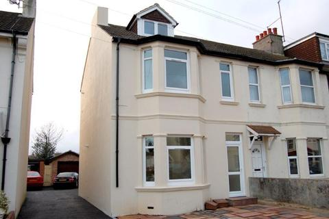 3 bedroom flat to rent - Underdown Road, Southwick