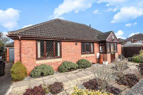 4 bedroom detached bungalow for sale - Rothafield Road, North Oxford,, Oxfordshire, OX2, OX2