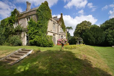 8 bedroom detached house for sale - Cardiff