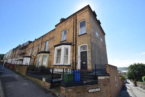 1 bedroom apartment to rent - Castle Road, Scarborough