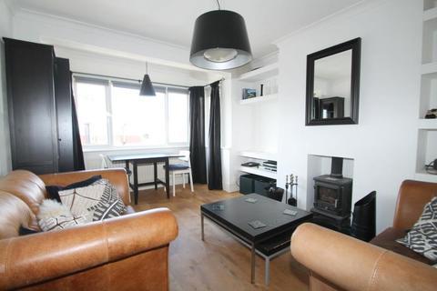 3 bedroom flat to rent - Thalassa Road, Worthing