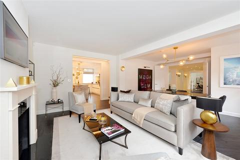 3 bedroom flat for sale - Cranmer Court, Whiteheads Grove, London, SW3