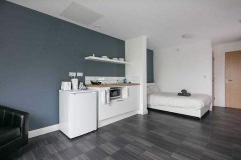 Studio to rent - St Cyprians, Edge Lane, Edge Hill