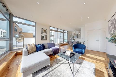 3 bedroom penthouse to rent - Dereham Place, Shoreditch, EC2A