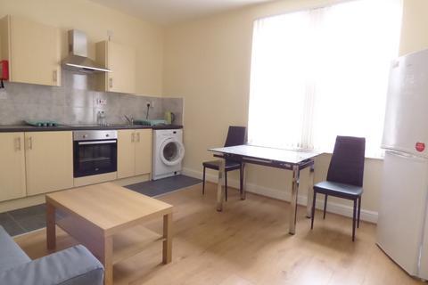 1 bedroom flat to rent - Colwyn Road, Beeston, LS11 6LP