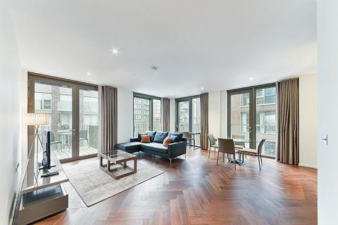 2 bedroom flat to rent - Capital Building , Embassy Gardens, Nine Elms