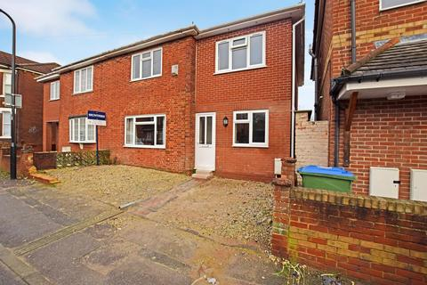6 bedroom semi-detached house to rent - Cambridge Road, Southampton, Hampshire, SO146US