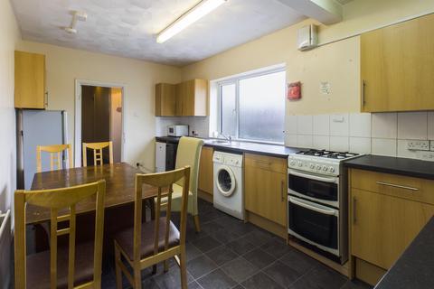 5 bedroom semi-detached house to rent - Burgess Road, Southampton, SO16 3BJ