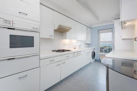 3 bedroom apartment to rent - Kingsley Court, Kings Road, Brighton BN1 2LP