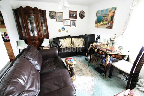 2 bedroom flat for sale - Stepping Stones, St. Annes Park