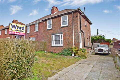 3 bedroom semi-detached house for sale - Adelaide Road, Elvington, Dover, Kent